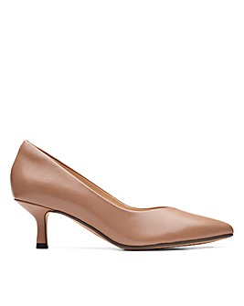 Clarks Violet55 Court Wide Fitting Shoes