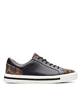 Clarks Un Maui Lace Wide Fitting Shoes