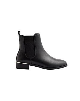 Metal Heel Chelsea Boots