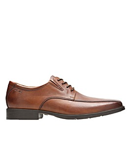 Clarks Tilden Walk Wide Fitting