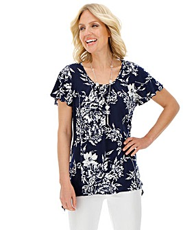 Julipa Hanky Hem Top with Necklace