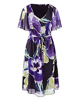 fa98790f38c72 Scarlett   Jo Print Kimono Dress