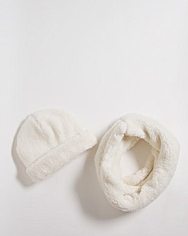 Cream Sherpa Hat Snood Set