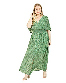 Yumi Curves Ditsy Floral Maxi Dress In Green