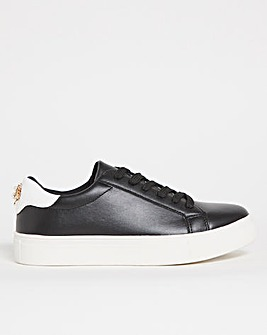 Bee Emblem Trainers Wide Fit