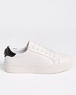 Buzz Bee Emblem Trainers Wide Fit
