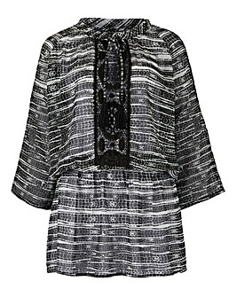 Black/White High Neck Kaftan