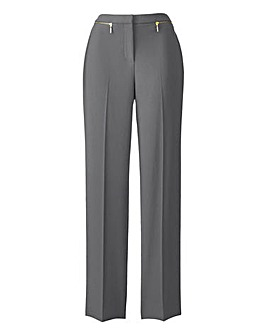 MAGISCULPT Tapered Leg Trouser with 4 way stretch. Extra Short