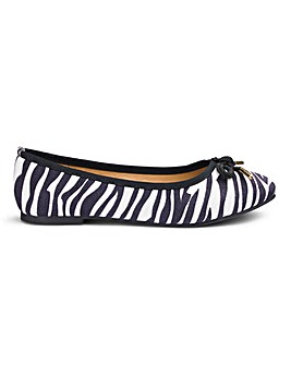 Bow Ballerina Shoes D Fit
