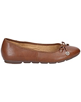 Hush Puppies Abby Bow Ballet Pump Shoe