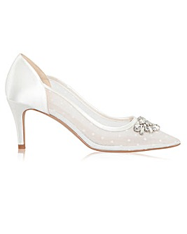 Perfect Becky Pointed Toe Court