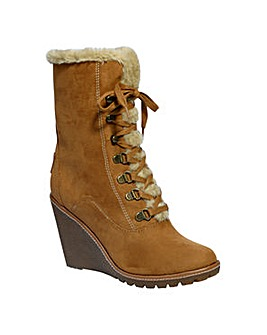 Pixie Tammy Fur Lined Wedge Boot