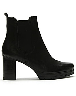 Daniel Ridley Leather Chelsea Boots