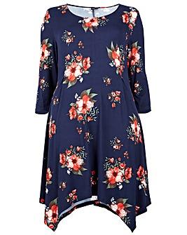 Izabel London Curve Floral Printed Dress