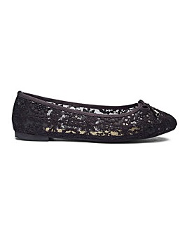 Casey Lace Ballerina Extra Wide Fit
