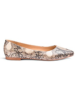 Alicia Pointed Ballerina Wide E Fit