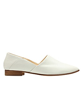 Clarks Pure Tone      D Fitting
