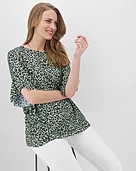 Leopard Print Boxy Ruffle Sleeve Top