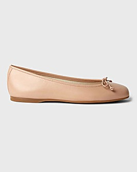 Hobbs Prior Leather Ballerinas Standard D Fit