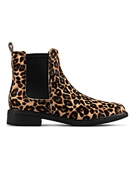 Clarks Clarkdale Arlo Boots D Fit