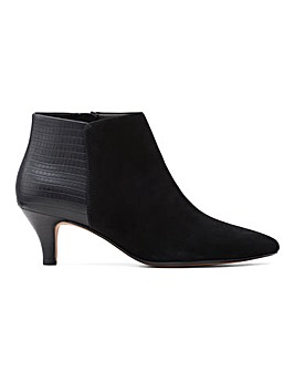 Clarks Linvale Sea Suede Kitten Heel Ankle Boots Wide E Fit