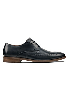 Clarks Stanford Limit Standard Fitting Shoes