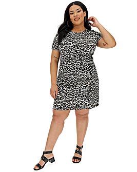 54b2803bfb69 Plus Size Dresses | Mini, Midi & Maxi Dresses | Simply Be