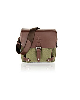 "Woodland Leather 9"" Small Travel Bag"