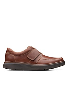 Clarks Unstructured Un Abode Strap Wide Fitting Shoes