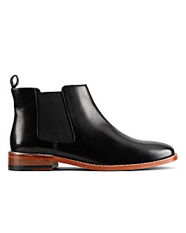 Clarks Ellis Amber D Fitting
