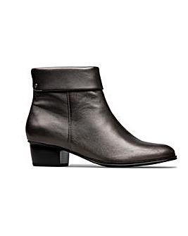 Van Dal Dove Boots Standard D Fit