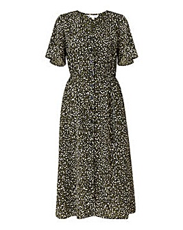 Yumi Curves Animal Midi Dress