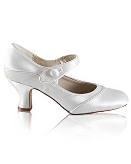 Perfect Esta Satin Button Bar Shoe