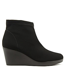 Daniel Rosetta Wedge Ankle Boots