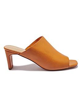 Slim Heel Mule Standard Fit