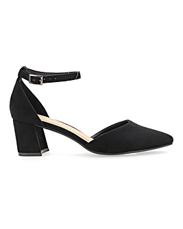 Clio Block Heel Courts Wide Fit
