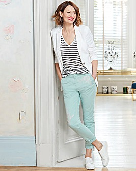 Embroiderd Slim Chino Trousers