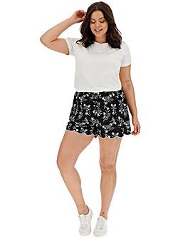 Scallop Hem Print Shorts