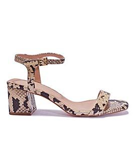 Square Toe Sandals Standard Fit