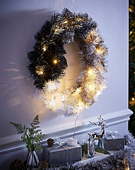 Ombre Prelit Wreath