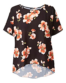 Quiz Dipped Back Floral Blouse