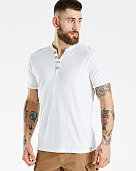 Mantaray Y Neck T-Shirt