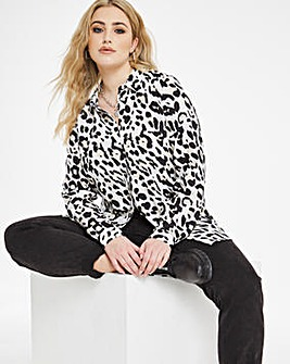 Leopard Print Dipped Back Viscose Shirt