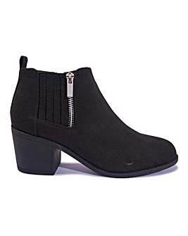 Side Zip Block Heel Boot Standard Fit