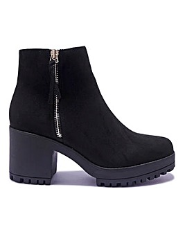 Side Zip Cleated Sole Boots Standard Fit