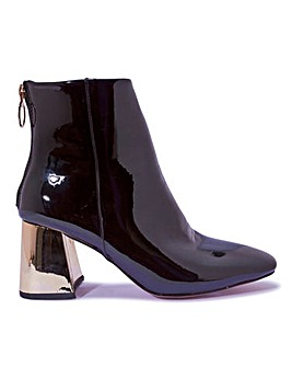 Contrast Heel Patent Boots Standard Fit
