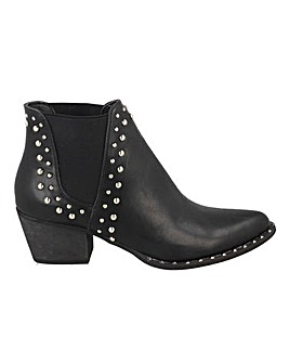 Stud Detail Chelsea Boots Standard Fit