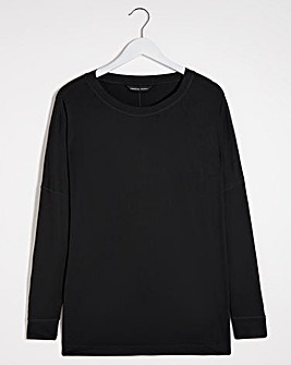 Curved Hem Long Sleeve Top