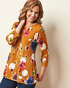 Printed Tunic and Necklace