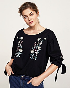 Violeta by Mango Embroidered Top